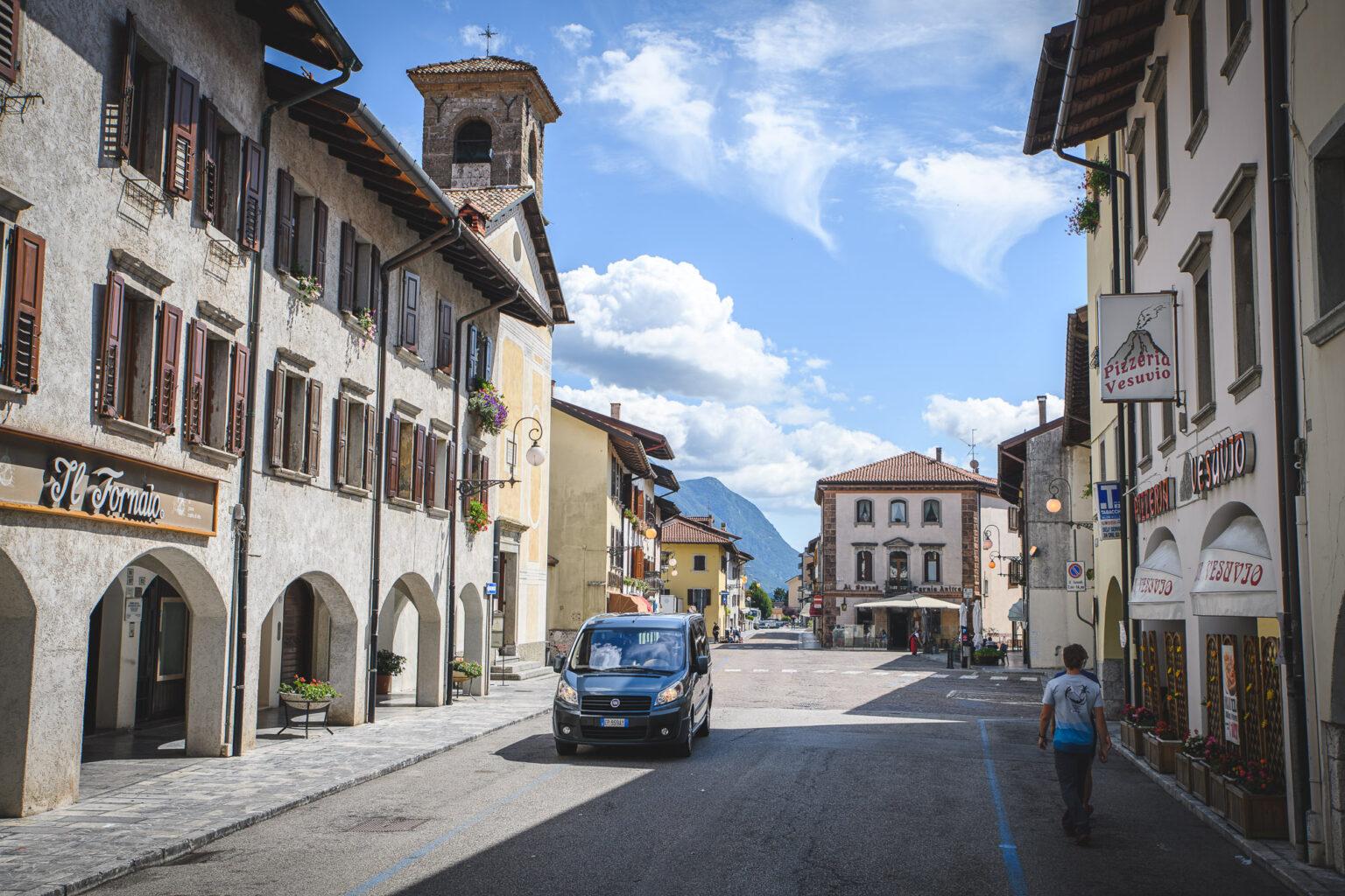 Ulica w Tolmezzo