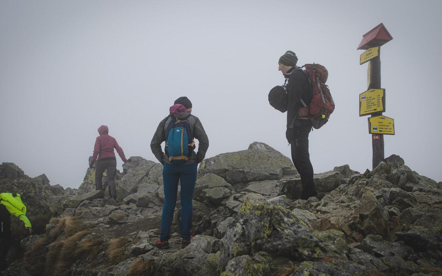 Turyści na szczycie - Banikov