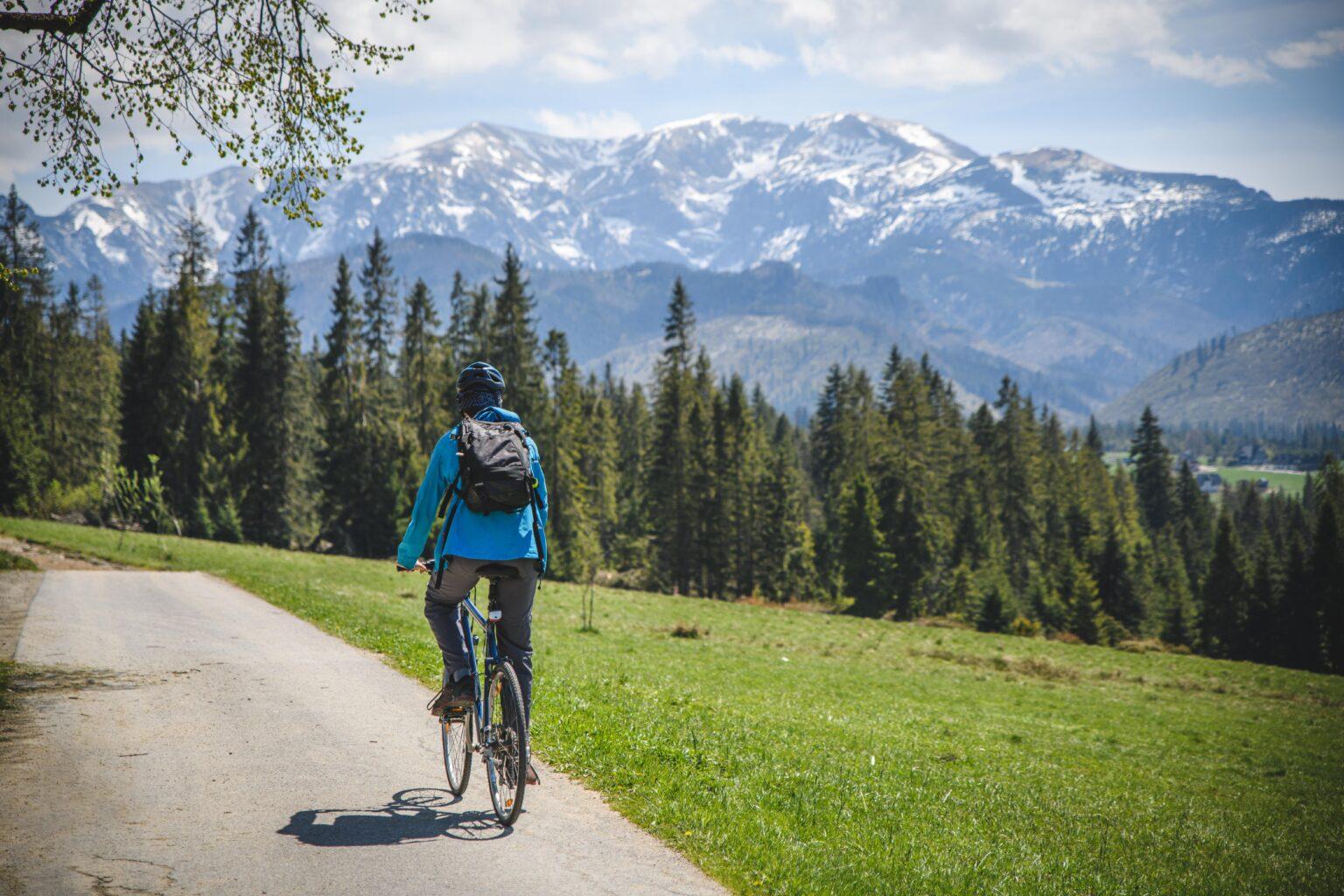 Czerwone Wierchy widziane z Płazówki - wycieczka rowerowa - Tatry